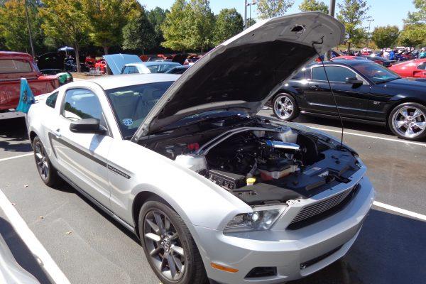 Tara Mustang Club Car Show At Summit Racing Northeast Georgia - Summit car show